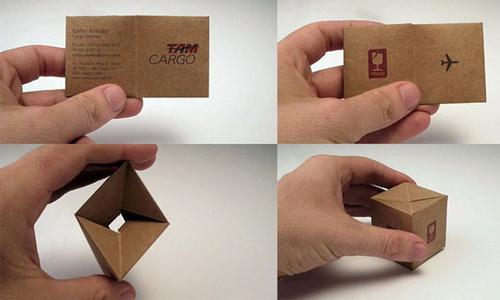 Cartão que se transforma em caixa