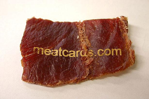 Cartão comestível feito de carne